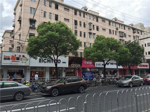 彭浦新村商业街